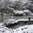 雪の慈照寺 2(銀閣-観音堂前の庭園)