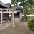 庭瀬陣屋内の祠-2