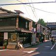 西本願寺東側の仏具屋街