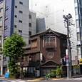踏ん張る - 神田の鰻店「今荘」 -